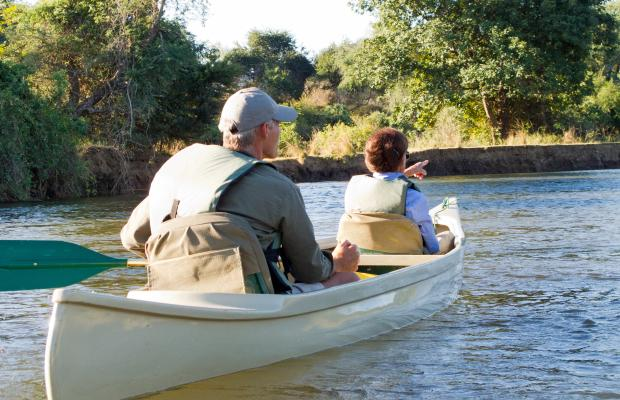 Paul Grobler Canoe Zambezi River ( Pic by  C J and G Mucalov )